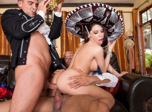 Brazzers video - Cinco de Sexo: It\'s Cinco de Mayo, and to celebrate, famed Mariachi players are going to serenade Aleksa non stop with their sweet Latin music. It may take time, but these men are determined to put Aleksa in the mood for passion, and it isn\'t long before they\'re having a full on fuck fiesta! Starring Aleksa Nicole, Carlo Carrera, Toni Ribasvideo